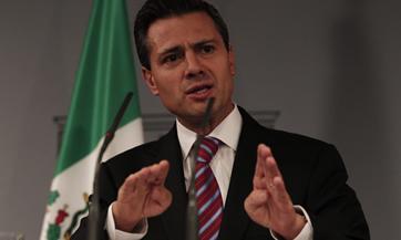 Peña. Asunción al poder.