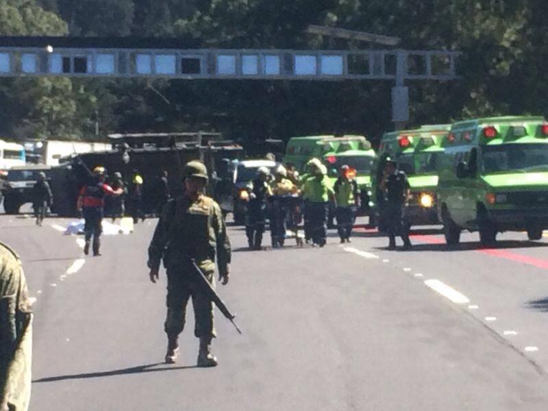 Accidente carretero. Convoy militar.