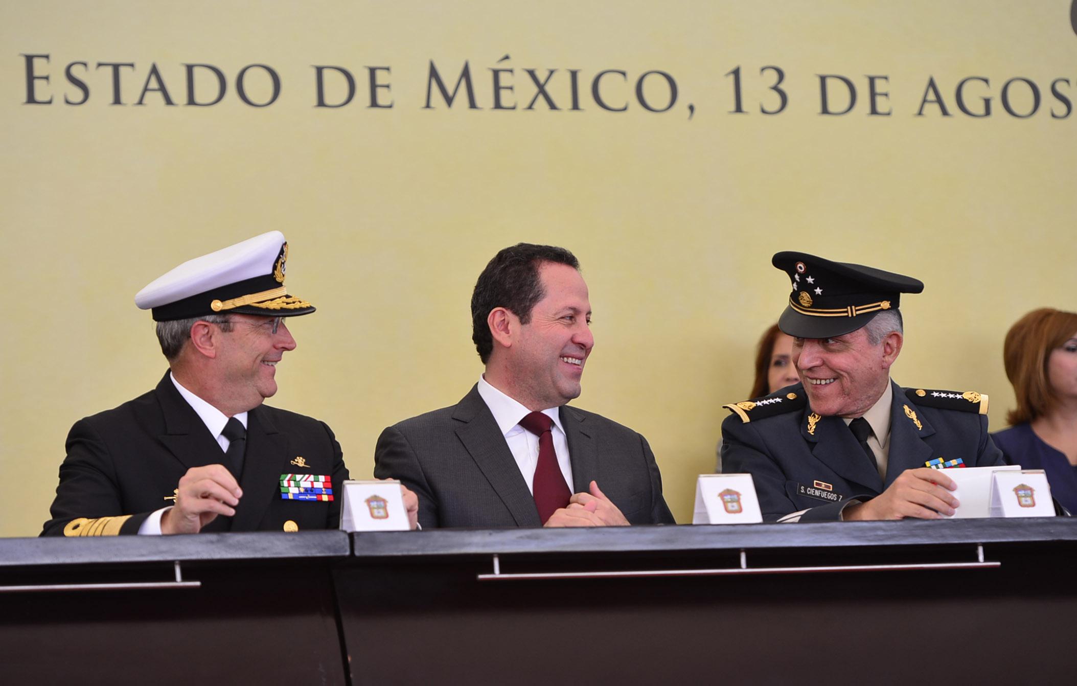 Eruviel Ávila y Vidal Soberón. Coordinación.