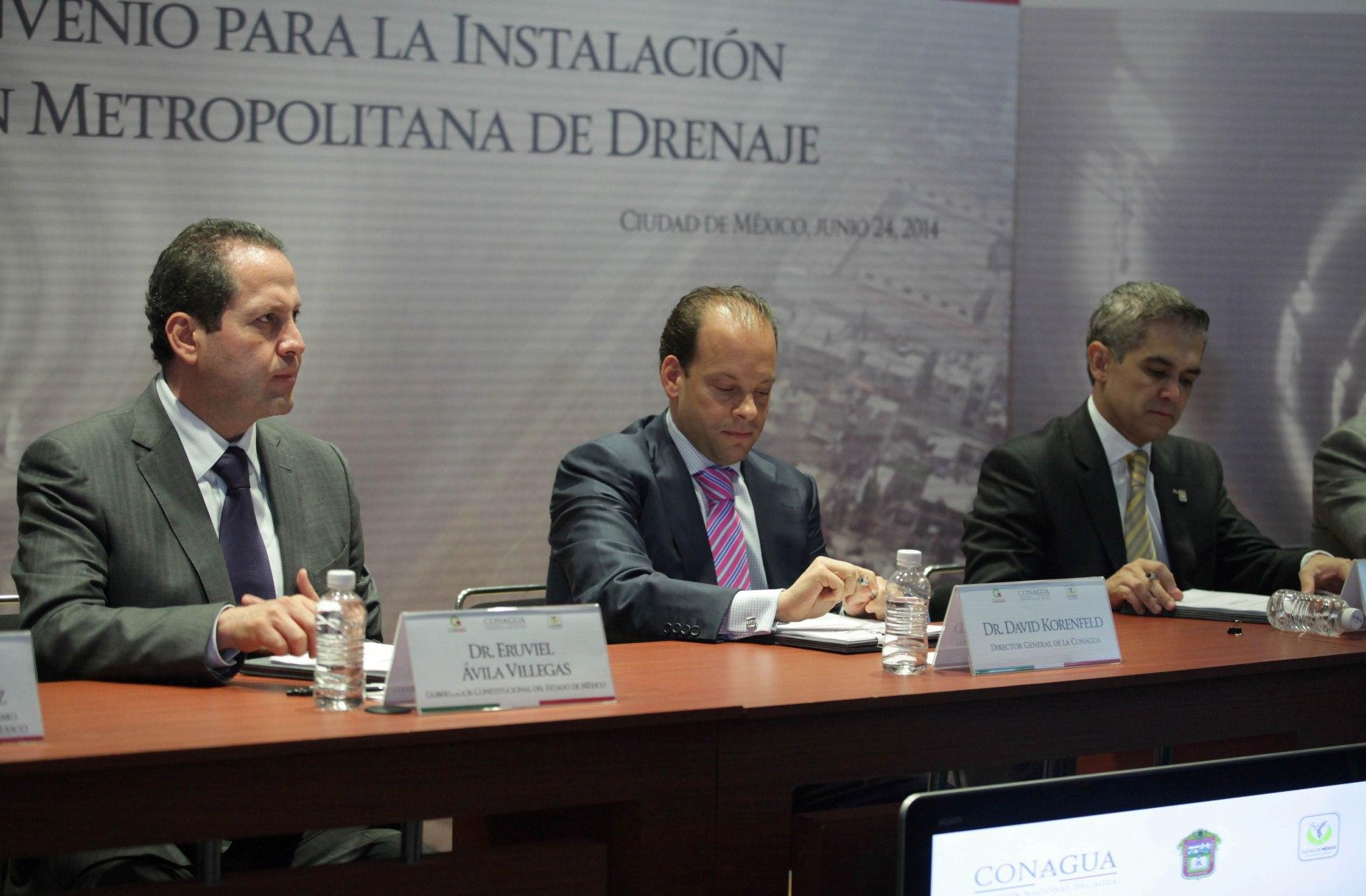 Eruviel Ávila y Miguel Mancera. En alerta.