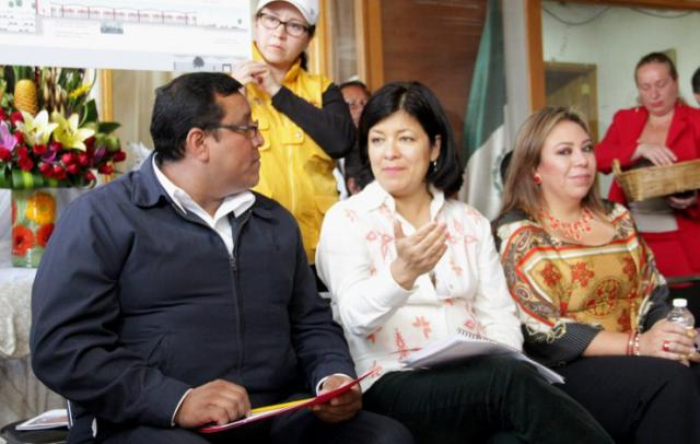 Martha Hilda. Remodelación Mercado Juárez.
