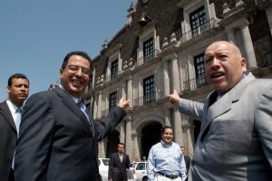 Rubén Mendoza e Isidro Pastor en campaña  en 2005. Foto Agencia MVT